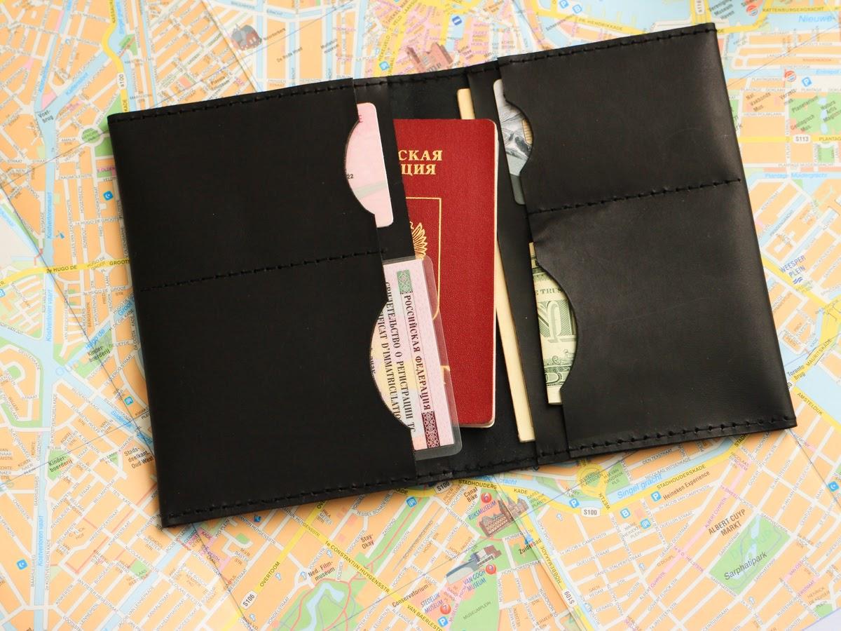Кожаная папка для паспорта и пластиковых карт