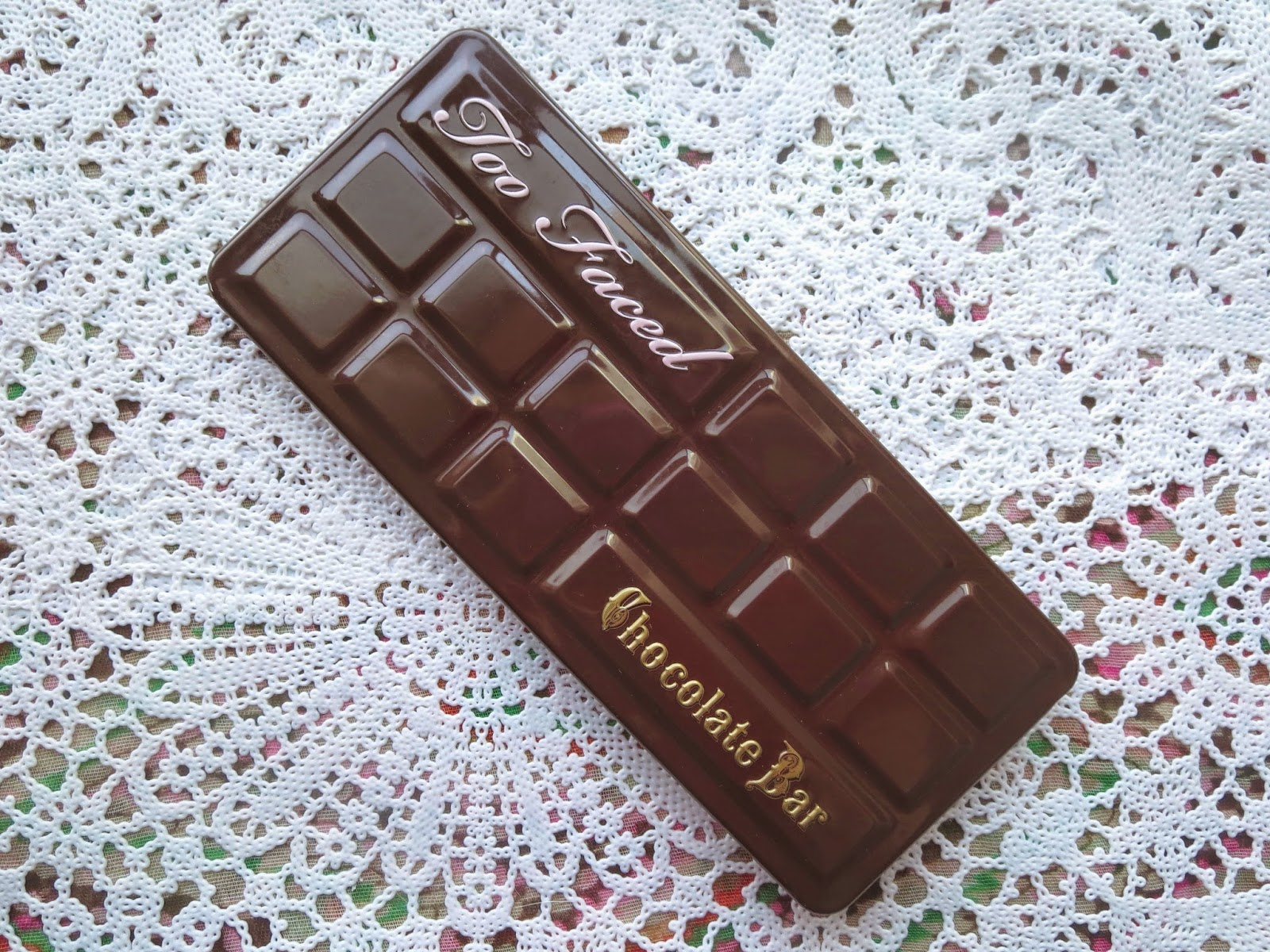 a picture of Too Faced Chocolate Bar