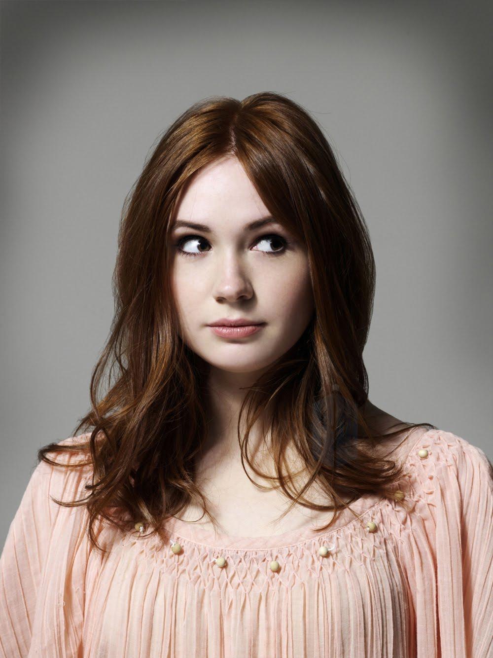 So it goes redhead day - Karen gillan pictures ...