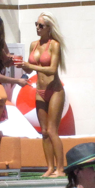 Heidi Montag Wet Wild Las Vegas Pool Party 2011 Sexy Photo Gallery