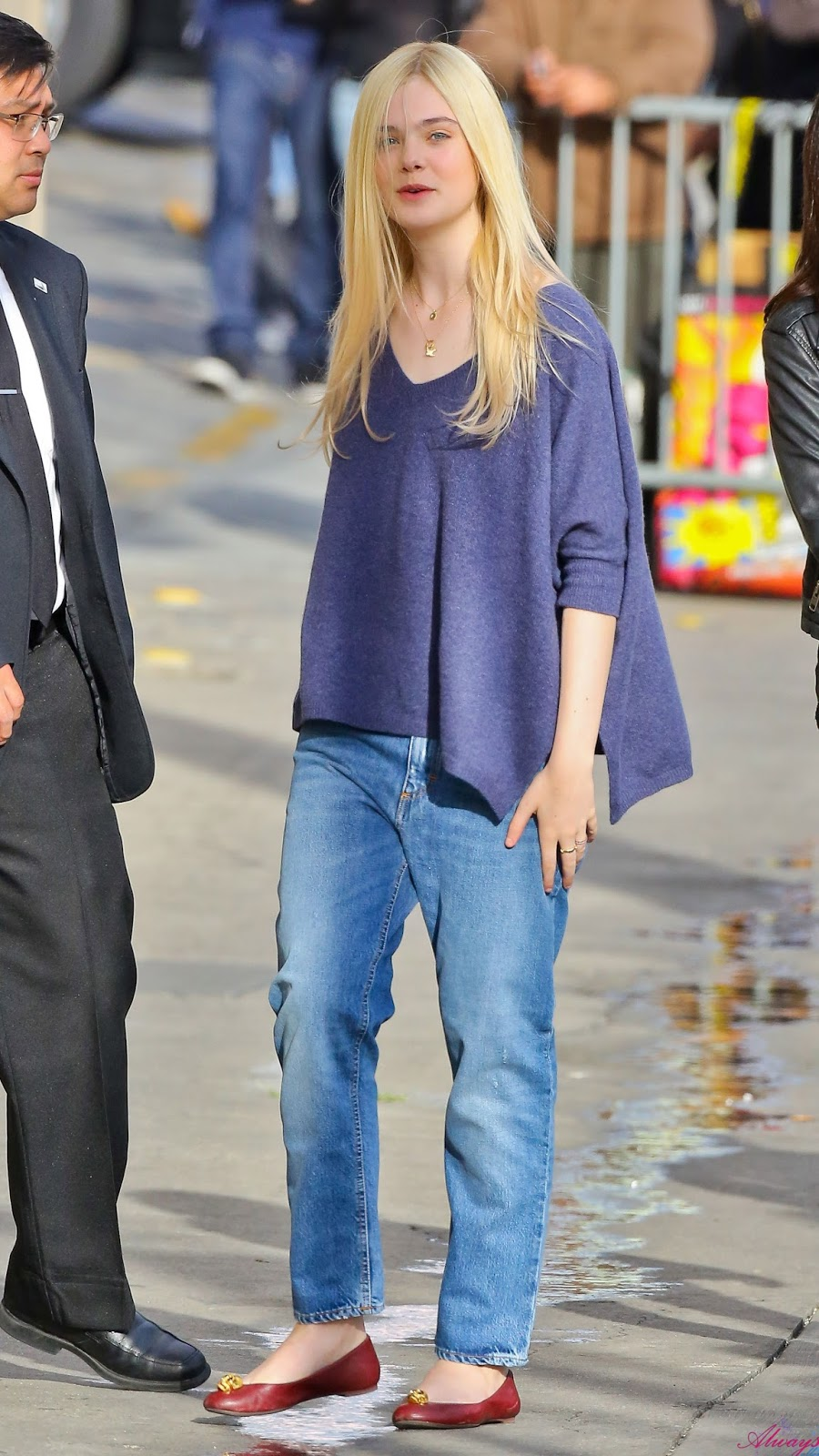 Never Be Afraid I Celebrity Inspiration Fashion Elle Fanning 39 S Street Style