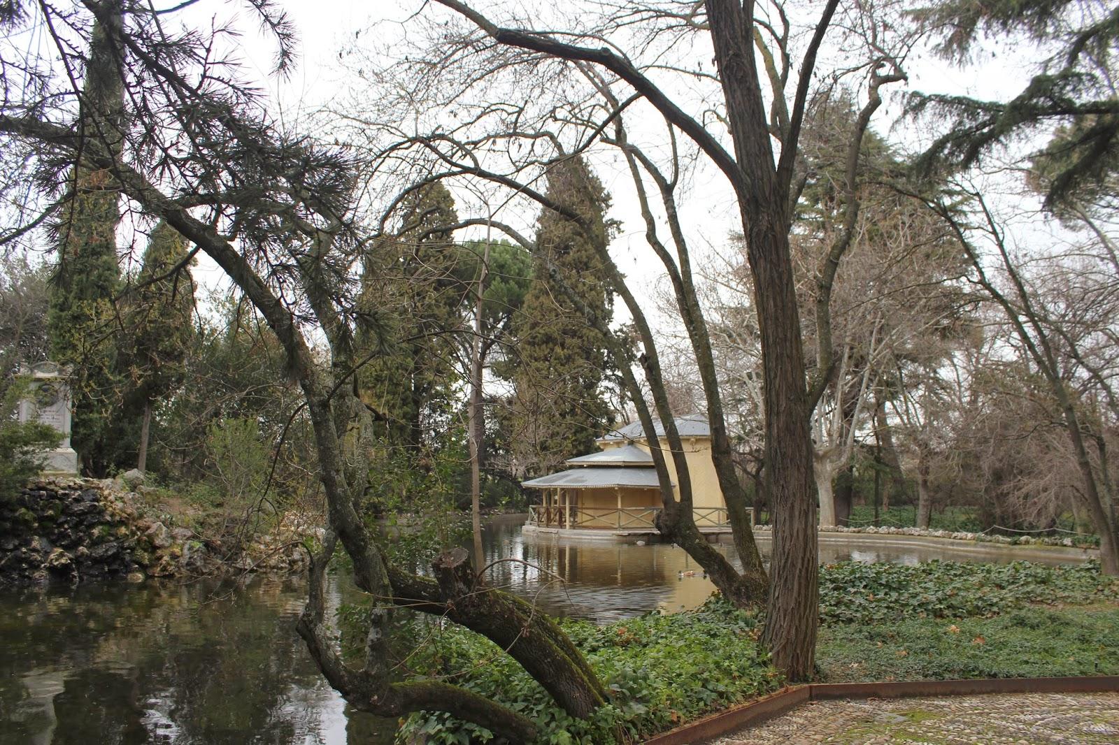 Maneti lugares que disfrutar parque del capricho o jardin for Jardines el capricho
