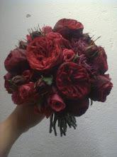 Brudbukett med enbart rosor