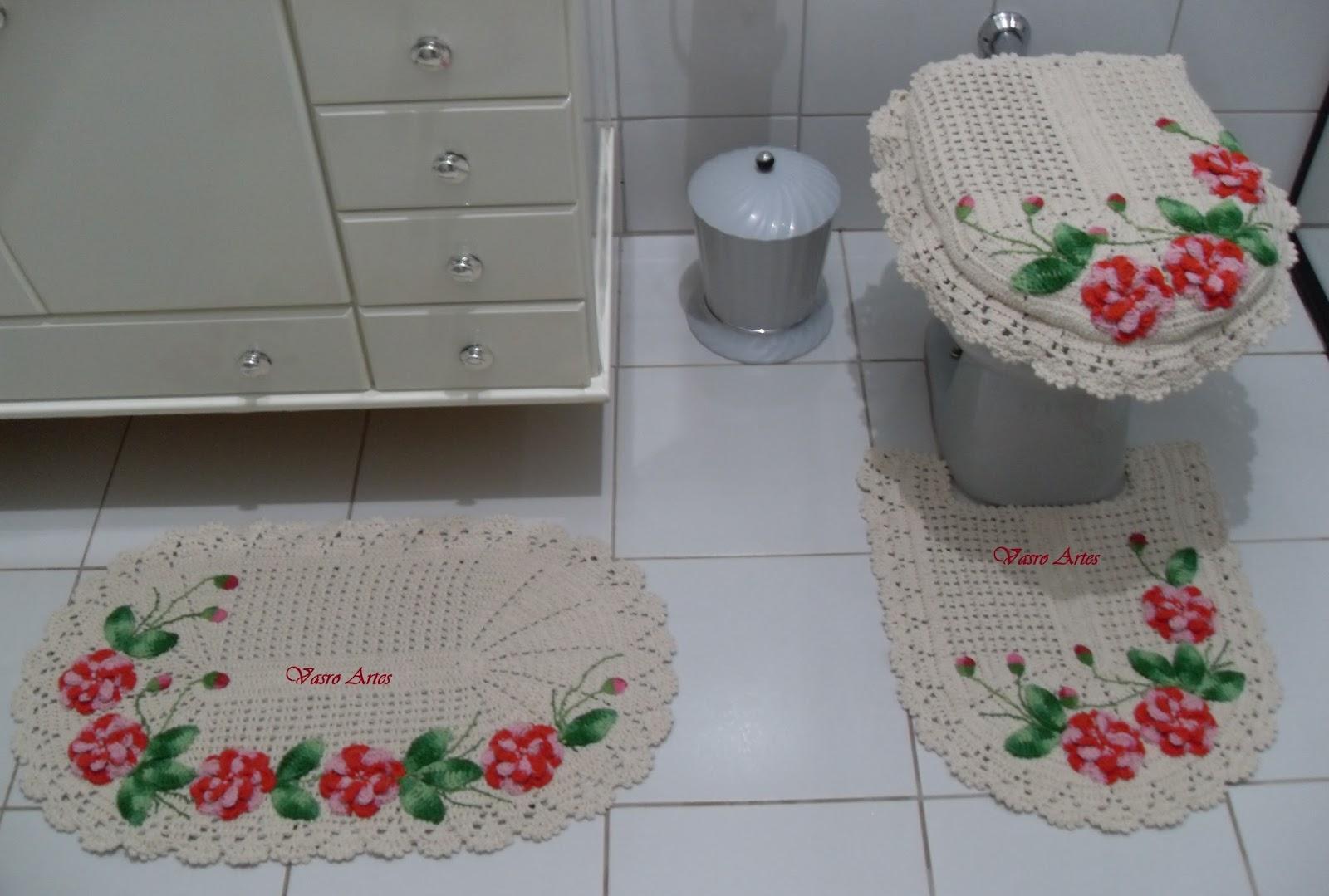Vasro Artes: Jogo de Tapetes para Banheiro em Crochê Jogo WC Rose #832D2F 1600 1079