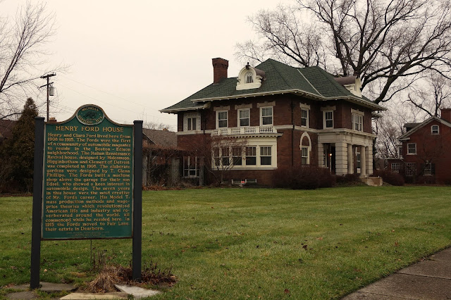historic homes detroit still