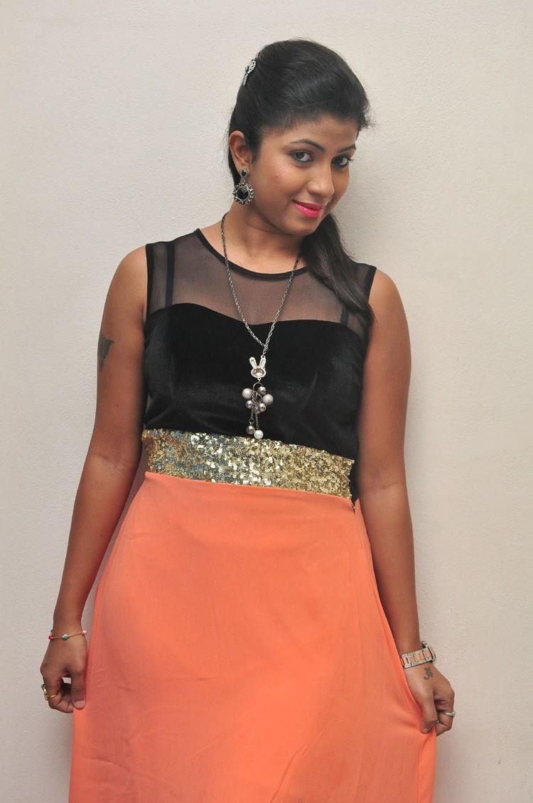 Geethanjali glamorous photo shoot-HQ-Photo-6