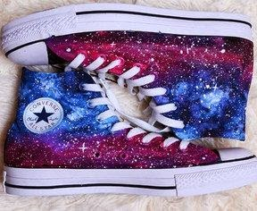 come-colorare-le-converse-fare-galassia-galaxy-diy-dyed-converse-shoes