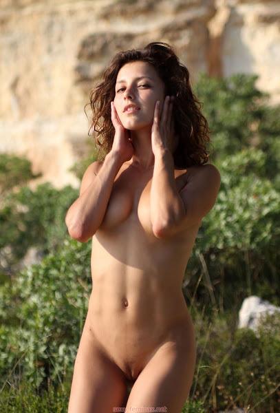 性感的成人图片 - sexy divina - Naked Sensation - ( 15 pics )