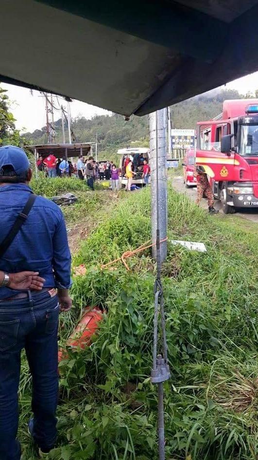 Insiden Bas Salam Bumimas Express Tawau-KK Jatuh Gaung di Kg Kiau, Ranau