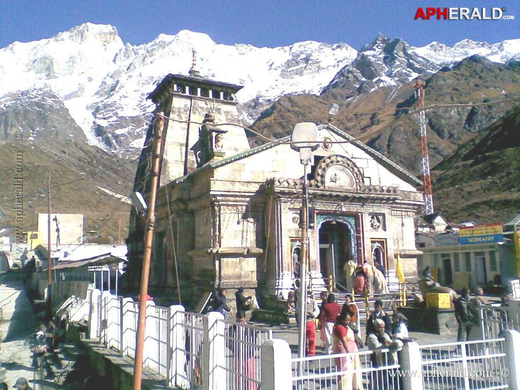 temple before flood kedarnath temple after flood kedarnath temple    Uttarakhand Temple Map