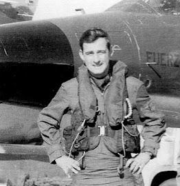 Capitán (Post-Mortem) JOSÉ LEÓNIDAS ARDILES (19/08/1954 - 01/05/1982).