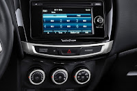 2015 NEw Mitsubishi Sport Outlander adventure feature view