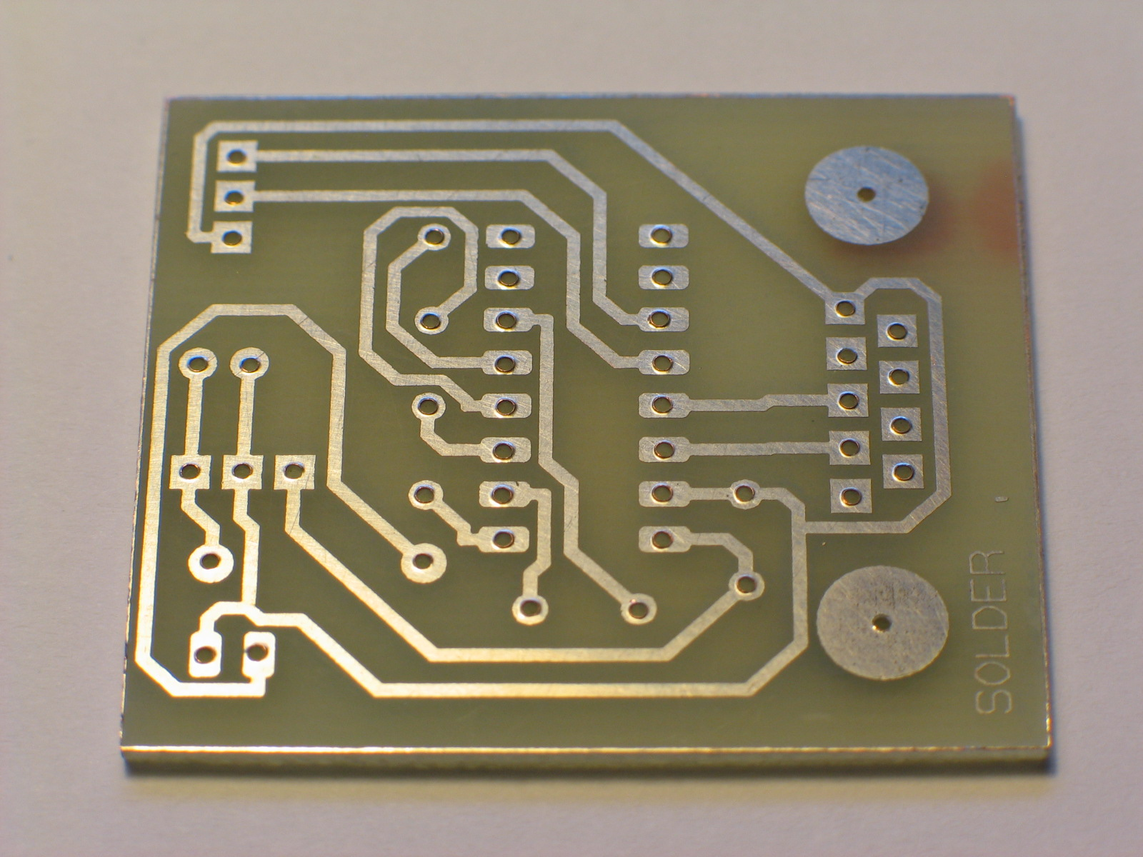 Amiga projects: Home made printed circuit board (PCB) for prototypes