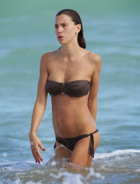 Filthy Anarchist's Phlog: Claudia Galanti double boob slip caught on ...