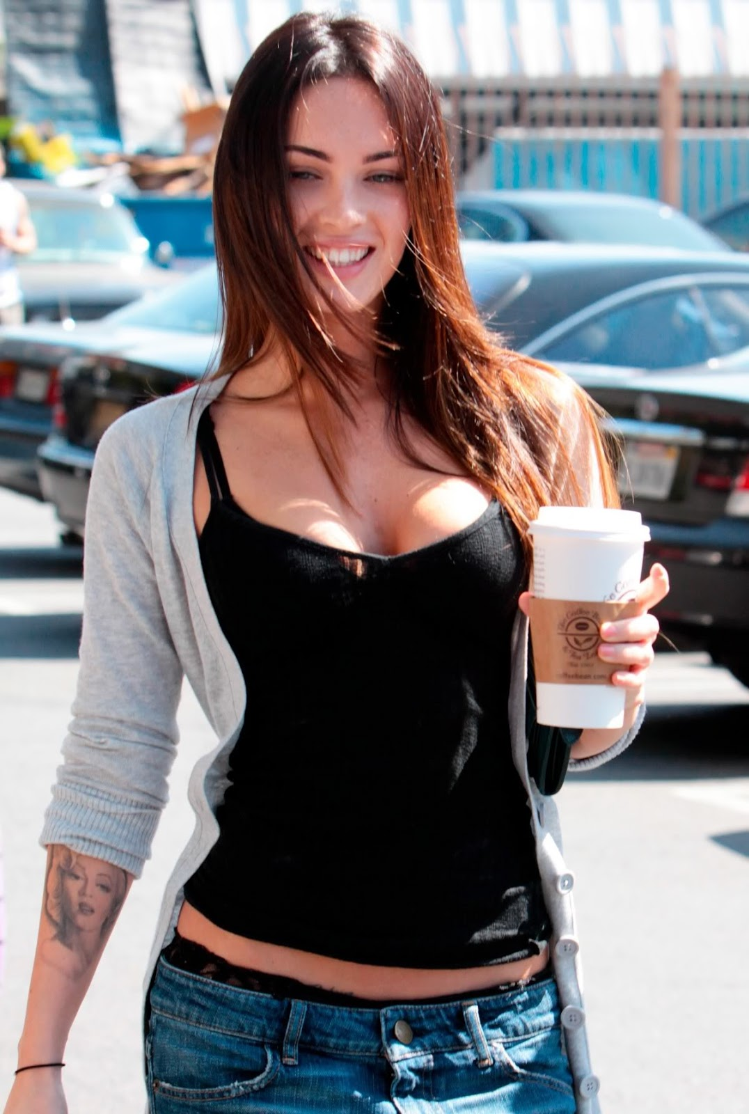 Megan Fox Takes Her Cleavage To The Lakers Game
