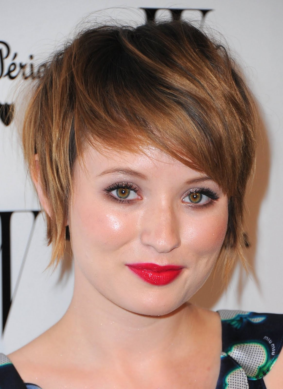 Short Hairstyles Images For Round Faces