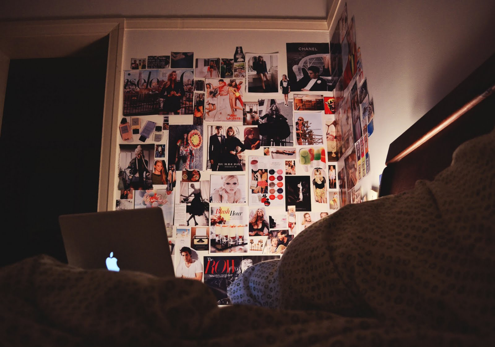 barefoot tumblr on the bedroom wall - Bedroom Wall Pictures Tumblr
