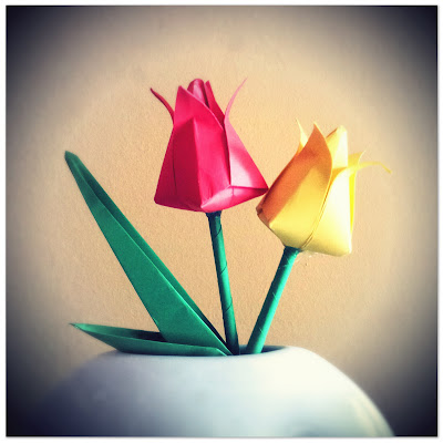 origami flowers, paper tulips, make your own tulips