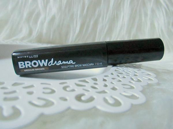 Maybelline BROWdrama Sculpting Brow Mascara - Medium Brown - 7.6ml - 8.99 Euro