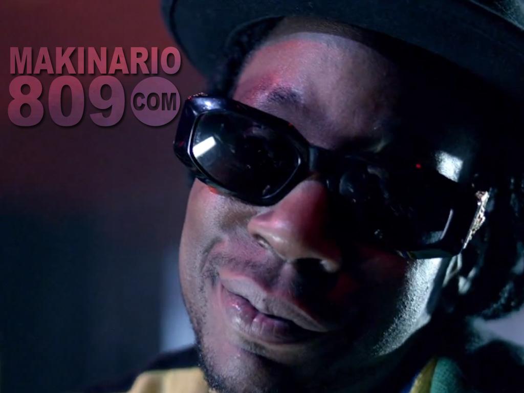 http://3.bp.blogspot.com/-9ntqe_YPKz8/UCizJBY3_xI/AAAAAAAACnU/epXdpaP4IhQ/s1600/2+Chainz+&+Nicki+Minaj.jpg