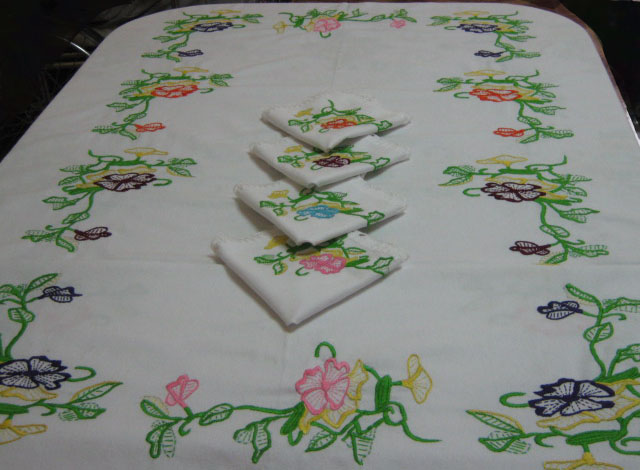 Creania mantel flores - Manteles mesas grandes ...