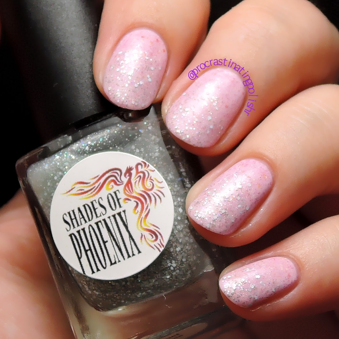 Shades of Phoenix - Tinsel Tease & Holly Crush glitter gradient