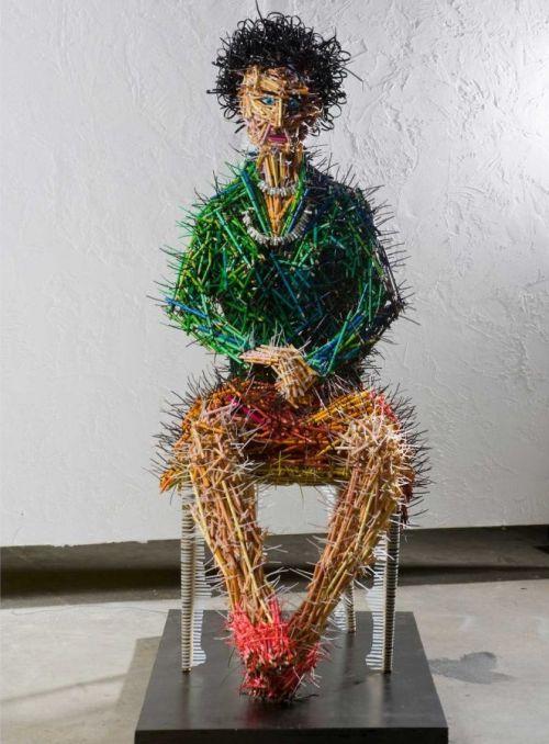 Federico Uribe esculturas lápis Mãe