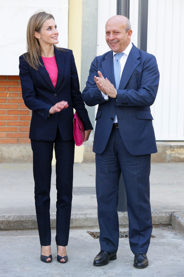"King and Queen of Spain today presided over the inauguration of the Training Course 2014/2015 in the Secondary School ""Cidacos Valley"" of the Rioja town of Calahorra"