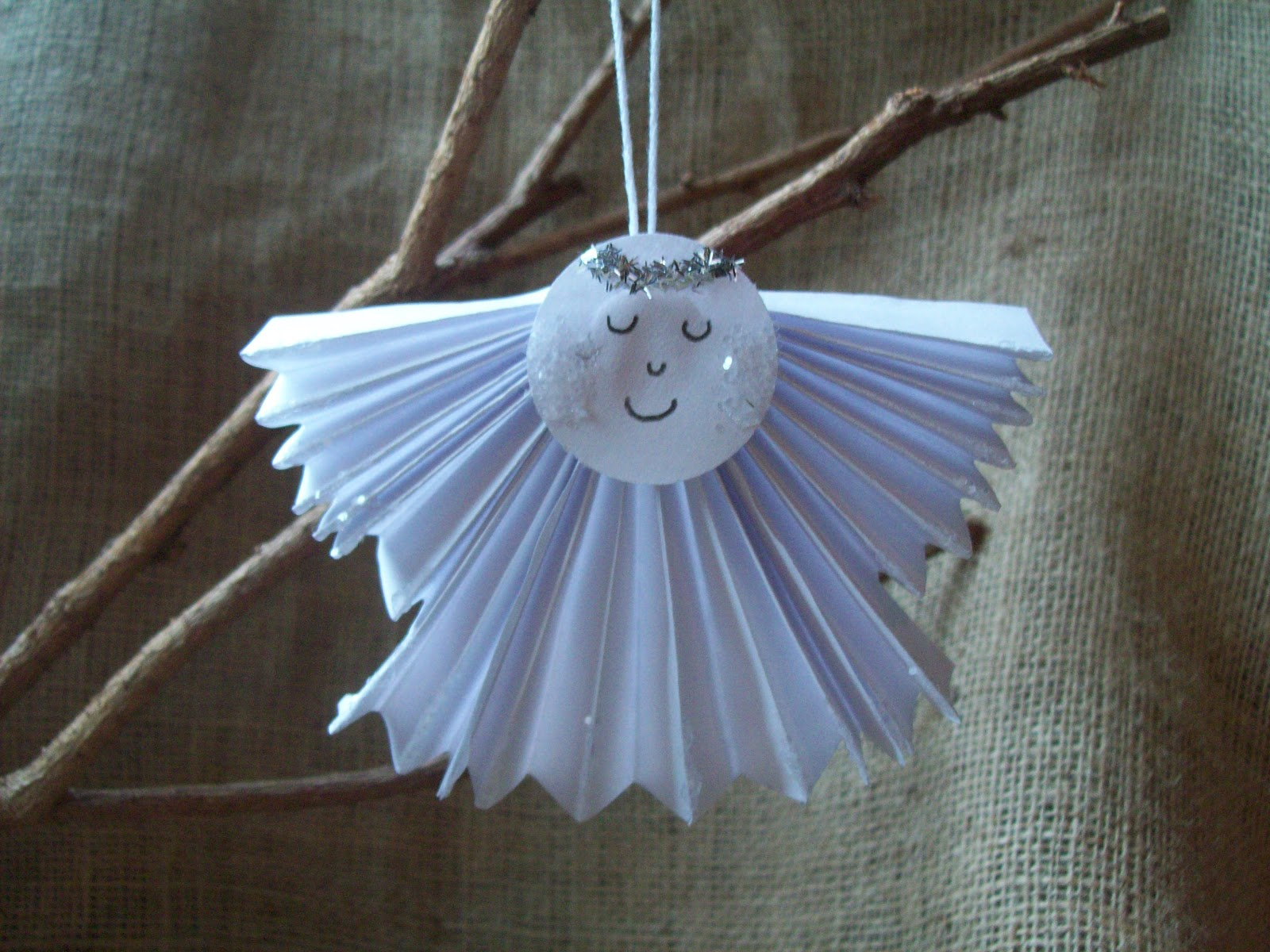 Aprils Homemaking Easy Paper Angel Tutorial