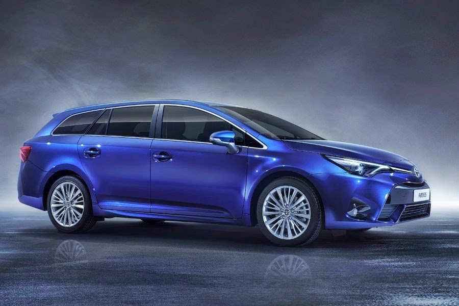 2016 Toyota Avensis First View Autoesque