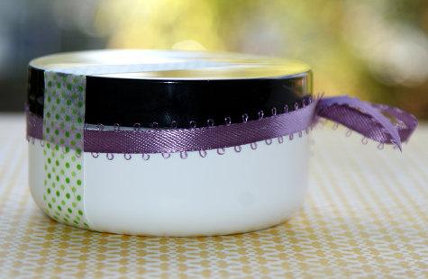 DIY Handmade Stocking Stuffer Gift Idea and DIY Wedding Favor Gift Idea - Homemade Natural Coffee Sugar Scrubs