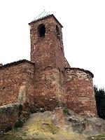 El campanar de l'església de Sant Iscle i Santa Victòria