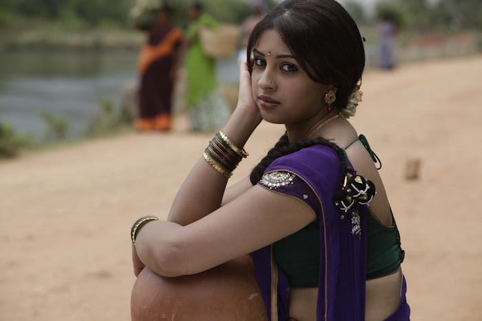 richa gangopadhyay saree from osthi movie photo gallery