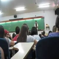 Hilário: Adivinha o que acontece nessa aula