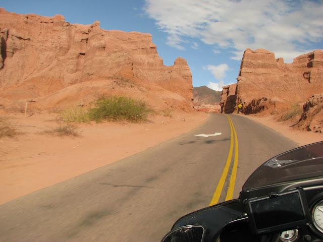quebrada de las conchas salta argentina road