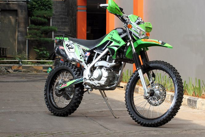 Modifikasi Kawasaki KLX 150 Adventure title=