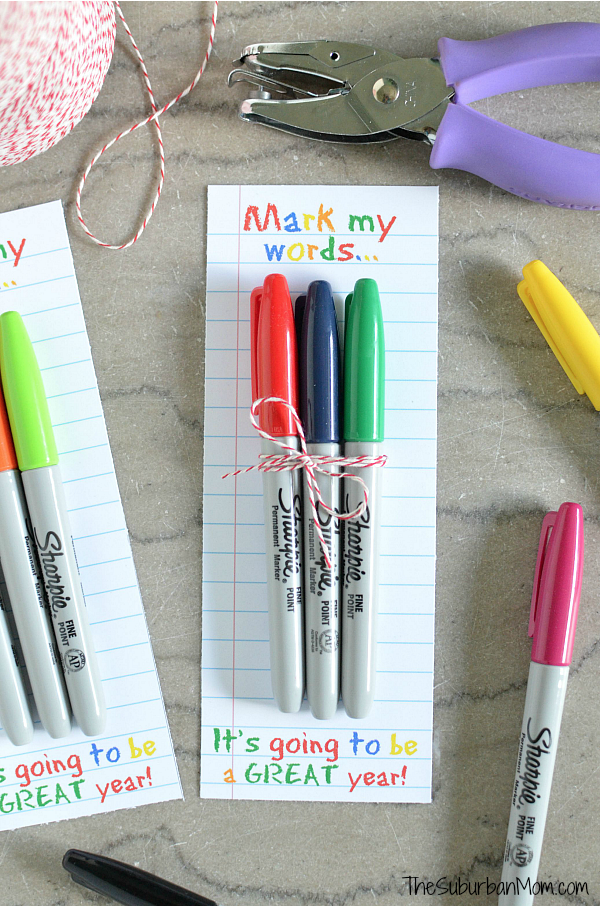 Teacher Gift - Sharpie Gift with free printable via The Suburban Mom with FREE printable