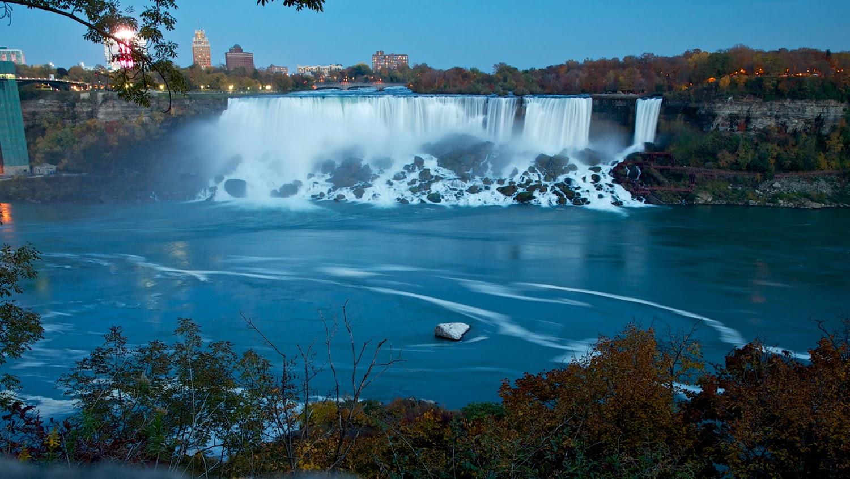 American Falls de noche