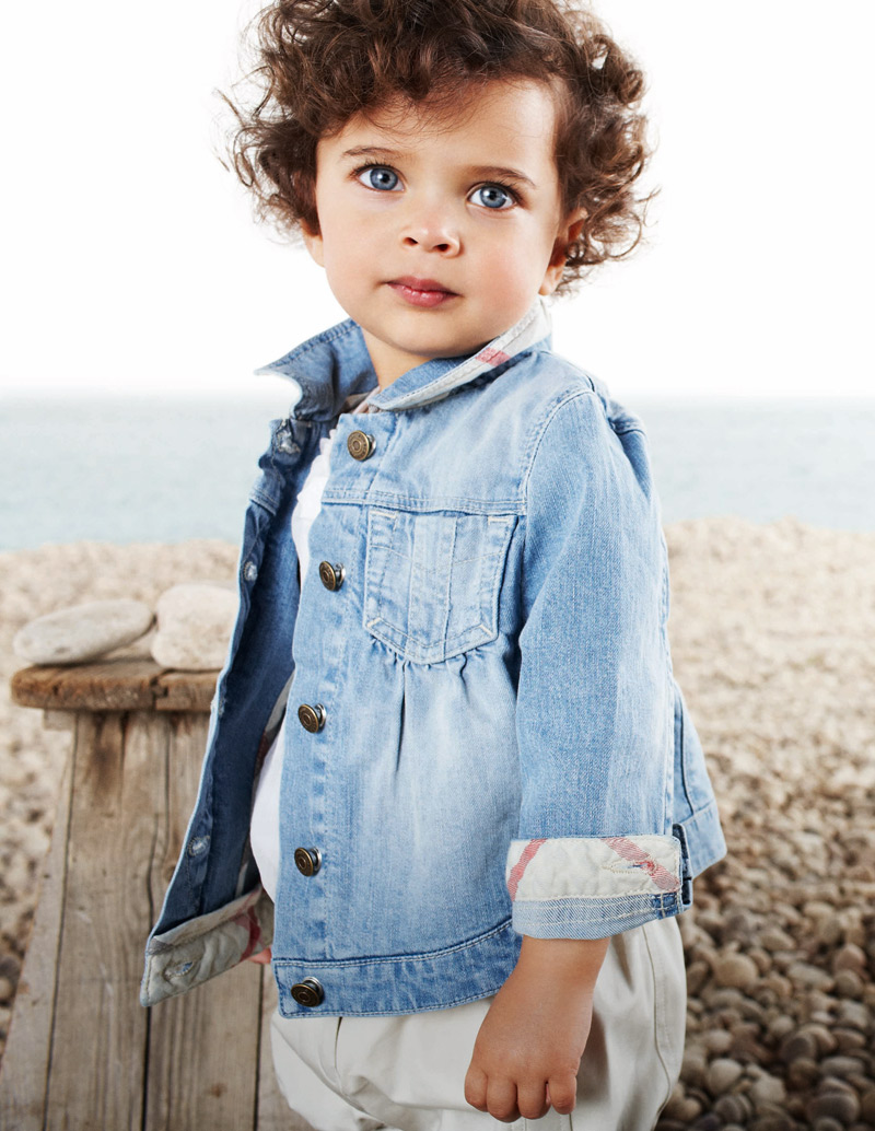 Children Models Top kids model agency NYC Burberry campaign | Future Faces NYC - Children Modeling Agency NYC