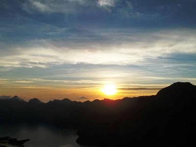 sunset plawang sembalun
