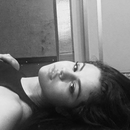 Selena Gomez totally emotional