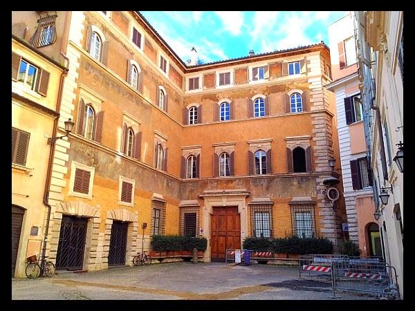 Palazzo Ricci w Rzymie