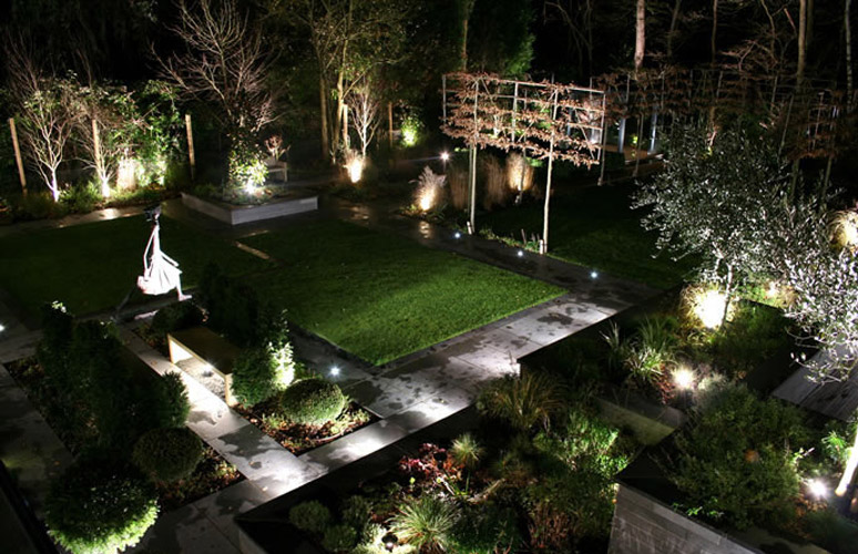 Outdoor lighting for Exterior home lighting design