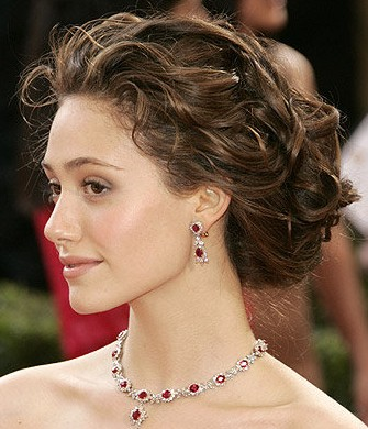 pictures of updos for prom 2011. prom updo hairstyle.