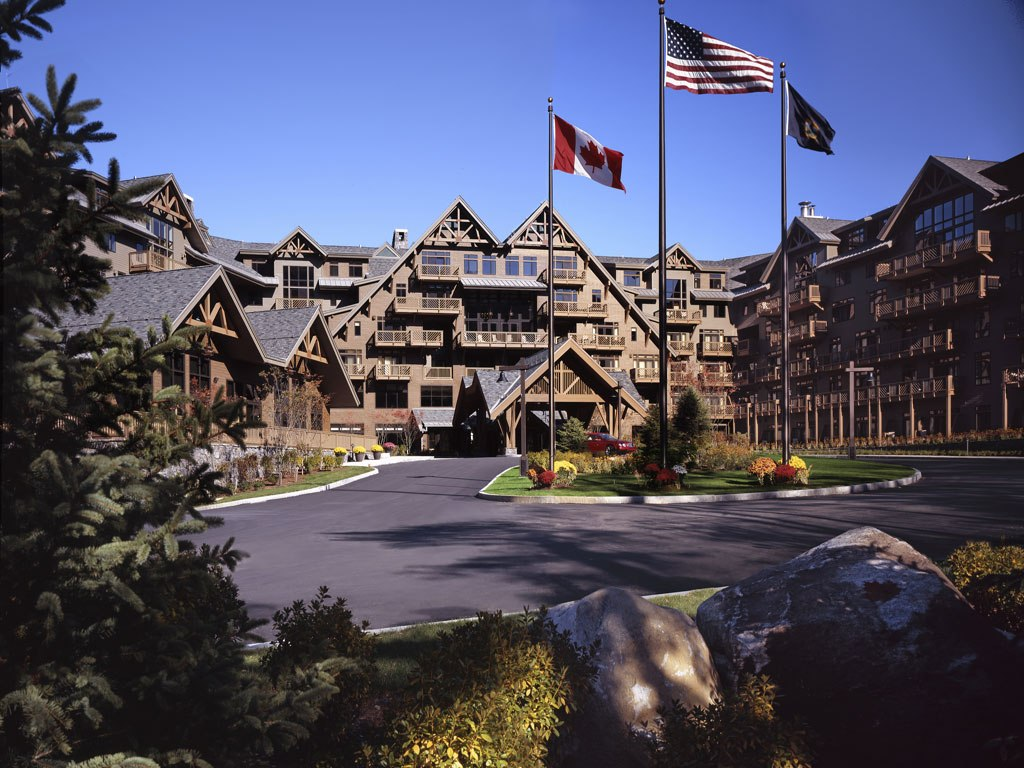 Luxury hotels stowe mountain lodge reviews for Alpine lodge