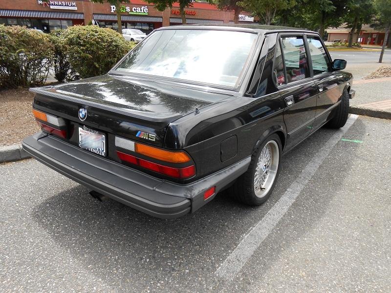 seattle 39 s parked cars 1988 bmw m5. Black Bedroom Furniture Sets. Home Design Ideas