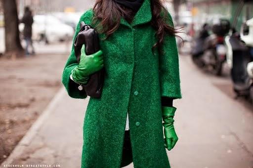 outfit verde come abbinare il verde street style mariafelicia magno colorblock by felym blog di moda italiani blogger italiane mariafelicia magno fashion blogger color-block by felym green street style how to wear green fashion bloggers italy