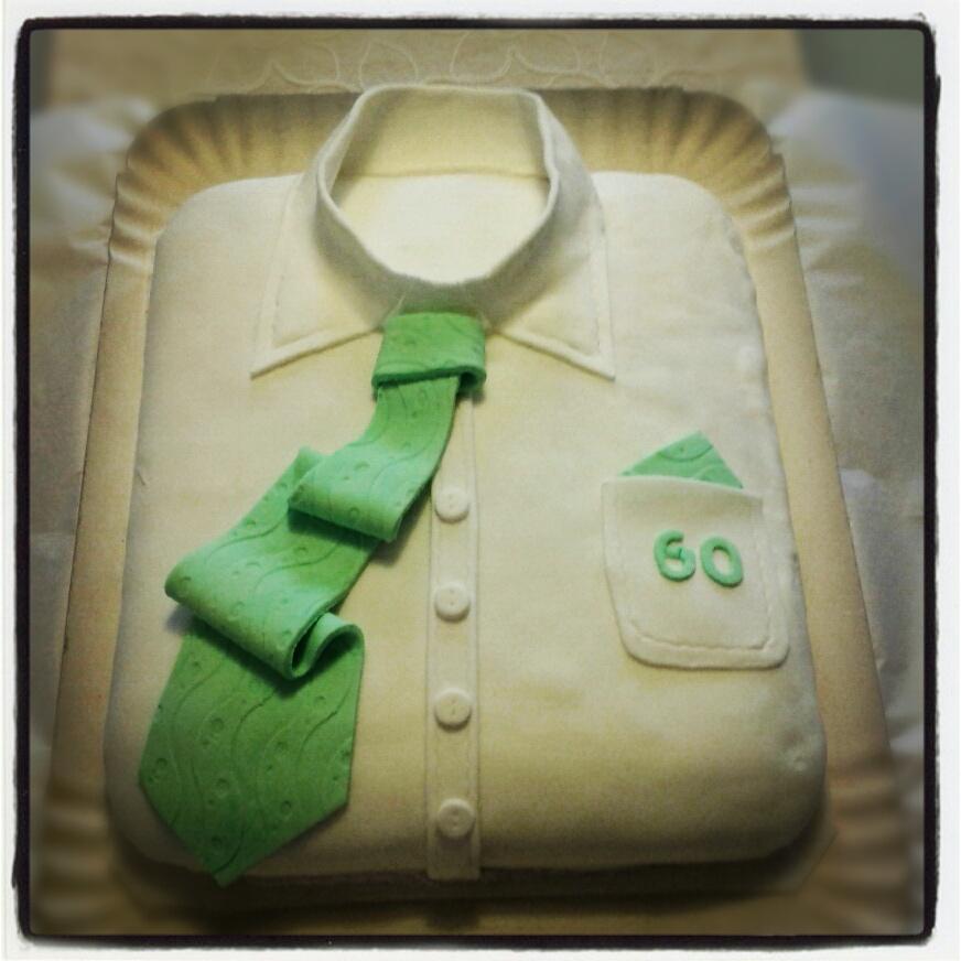 Scrap cucina e fantasia torta camicia per i 60 anni del for Decorazioni per torta 60 anni