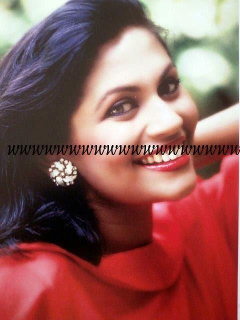 Rosy senannayaka 1994 aradana