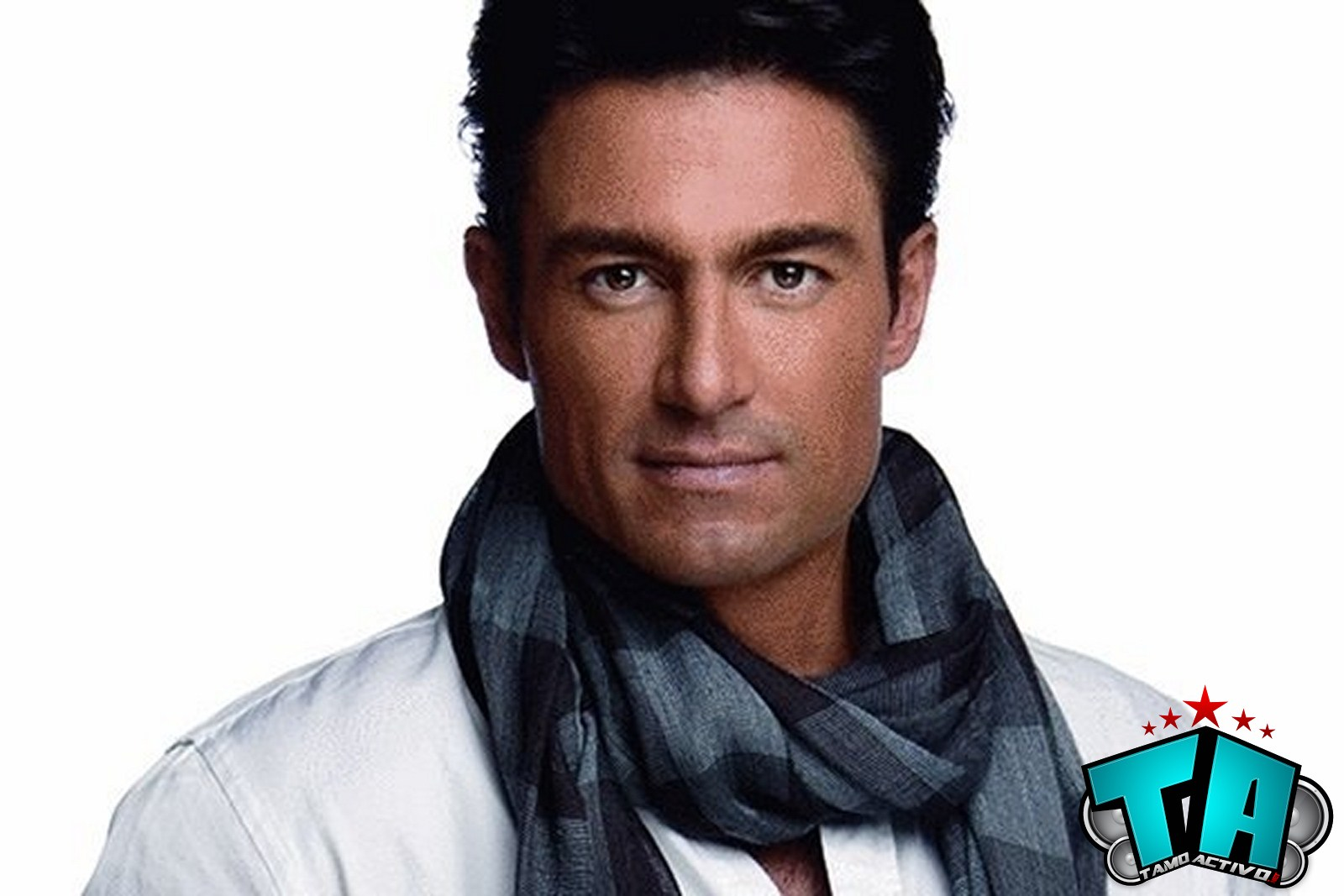Fernando Colunga Net Worth